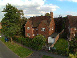 Photo from wireless estate agent pole camera